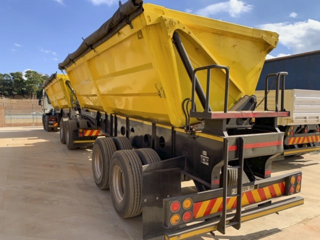 2009 AFRIT 45 Cube Interlink Side Tipper