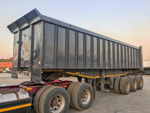 2004 TOP TRAILER END-TIPPING COUPLING TRAILER