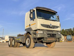 Used 2014 Renault Kerax 440DXI with heavy duty spring suspension and Volvo driveline for sale