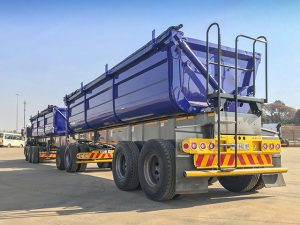 2012 Top Trailer Side Tipper Super Link 40³ Trailer in excellent condition for sale